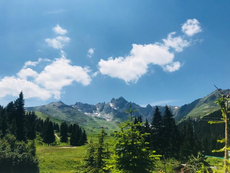 Enjoy summer in Courchevel 1850!